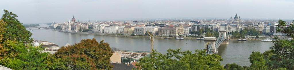 Budapest mit dem Kreuzfahrt erreichen